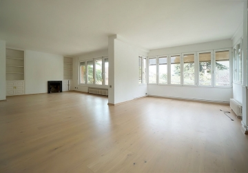 Av. Pedralbes  -   location